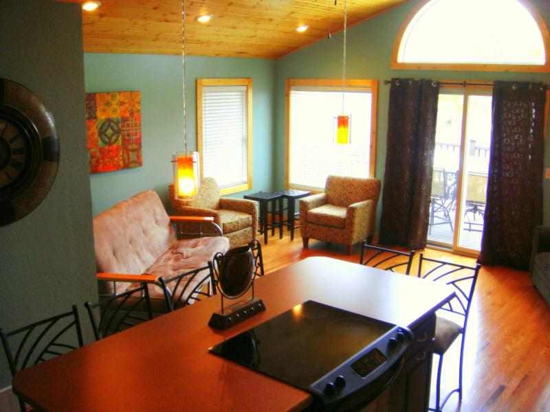 Upstairs of 5 bedroom cabin - Arlington Beach Resort Year Round Rental Cabins - Arlington - rentals
