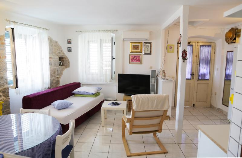 Apartment Pina Split Croatia - Image 1 - Split - rentals