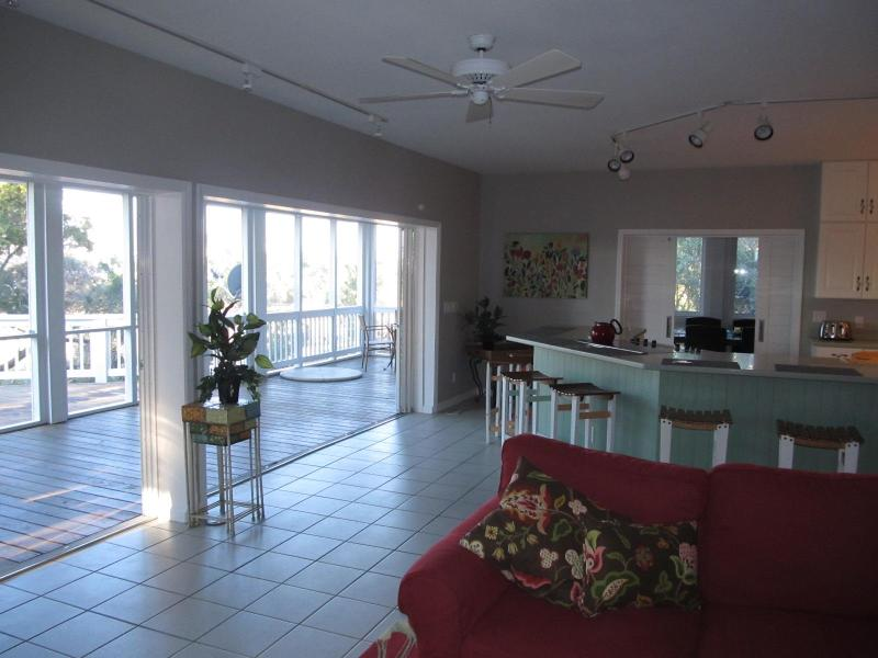 living area/eating area/ deck - Shoal Mates - Bald Head Island - rentals