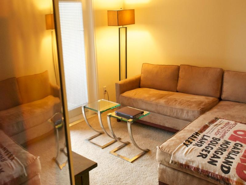 2 bed Condo, 10 mins to downtown, perfect for SXSW - Image 1 - Austin - rentals