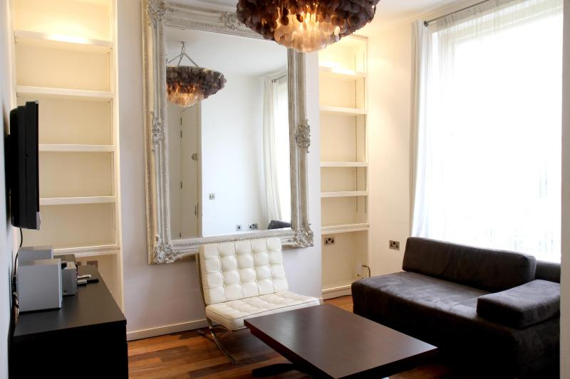 Design flat in Notting Hill! - Image 1 - London - rentals