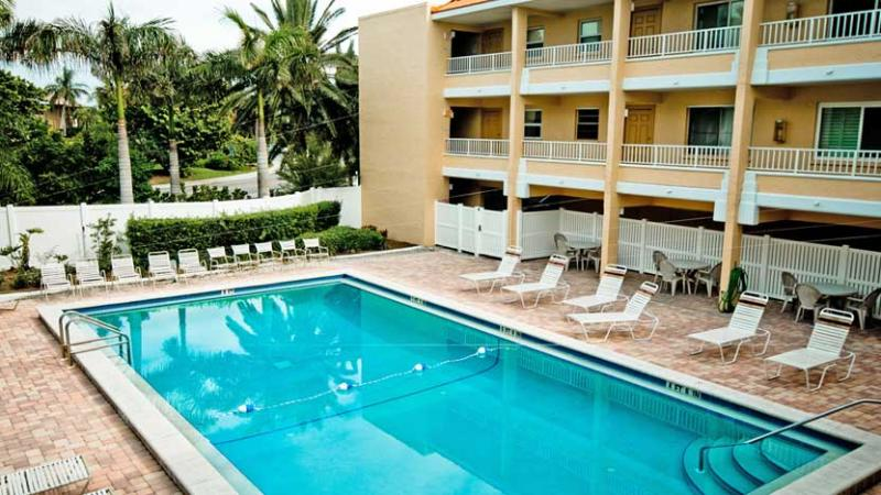 Plenty of Seats to Enjoy the Sun - Gulf Sands 103: 2BR/2BA Flip-Flop Ready Beachfront Condo - Holmes Beach - rentals