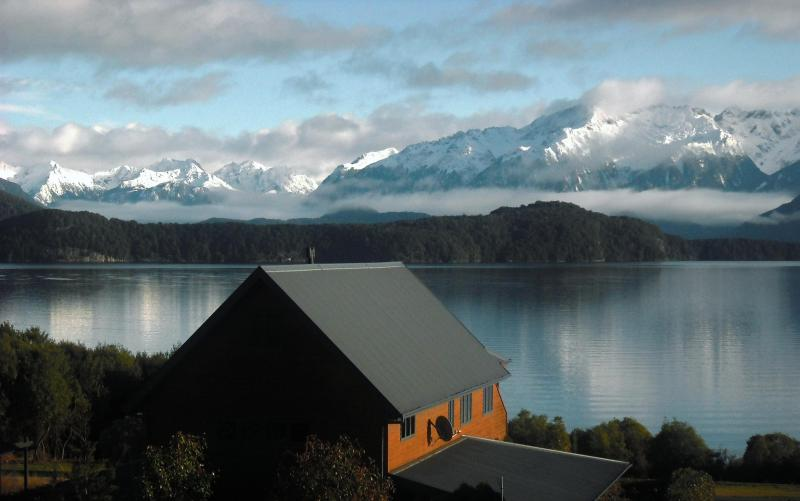 Beechwood Lodge in Manapouri, New Zealand - Beechwood Lodge - Manapouri NZ - Manapouri - rentals