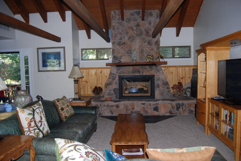 Living Room with Gas Fireplace - Northstar California -- Clean and Comfortable - Truckee - rentals