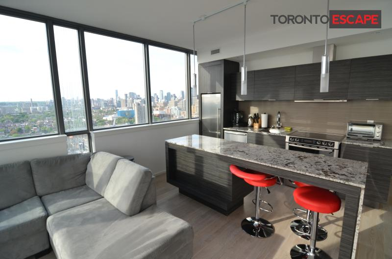 Diamond Suite - 2bdr+2 bath, Luxury, Ent. District - Image 1 - Toronto - rentals