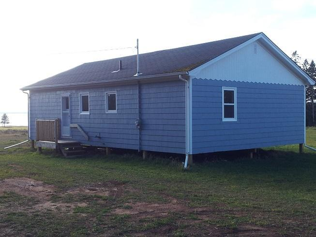 Milky Way Cottage, with a glimpse of the shore. - Milky Way Cottage - Cardigan - rentals