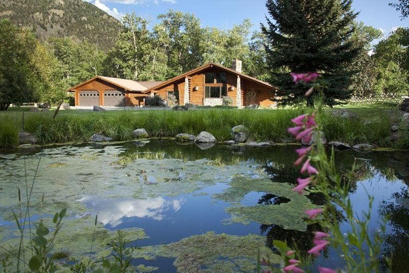 Copyright (C) Craig H. Hergert.  Creek House and front ponds. - Tom Miner Creek House - Emigrant - rentals