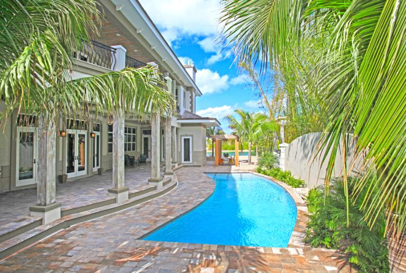 Experience A Trip Of A Lifetime in Pure Luxury - Image 1 - Nassau - rentals