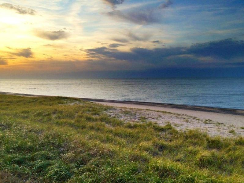 Sunsets on the Beach - Richie's Retreat - Michigan City - rentals