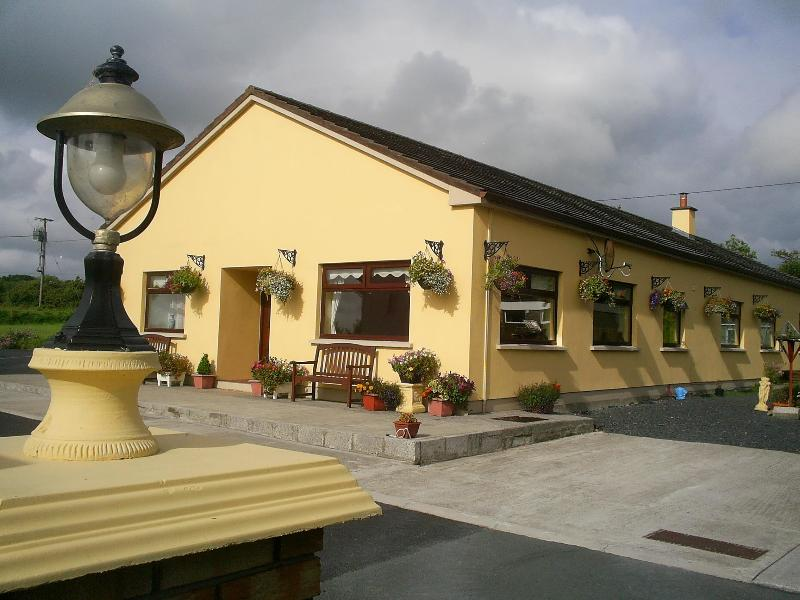 Derry House - Derry House - Heritage Town of Listowel in Kerry - Listowel - rentals