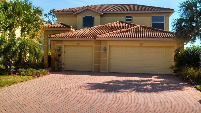 SW Florida Pool Home in Gated Community, Estero - Image 1 - Estero - rentals