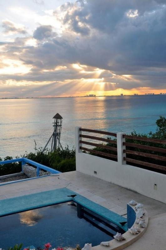 MAYA - VAYA3 Inspiring and private villa wth amazing caribbean island views - Image 1 - Puerto Morelos - rentals