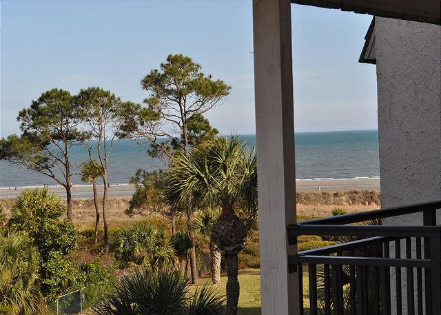 Beautiful 1 bedroom Deluxe Oceanview Seaside Villa 313 - Image 1 - Hilton Head - rentals