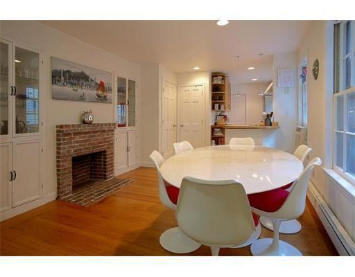 seats 6 - Cozy Modern Beacon Hill One Bed - Boston - rentals
