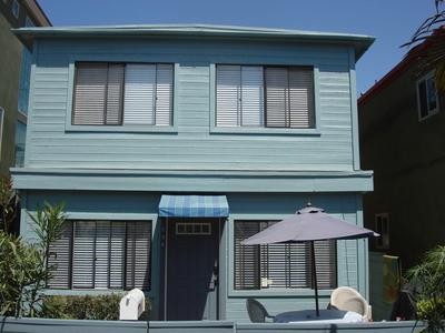 Front of Beach House - YORK COURT HOUSE-OCEAN SIDE-NORTH MISSION BEACH - Mission Beach - rentals