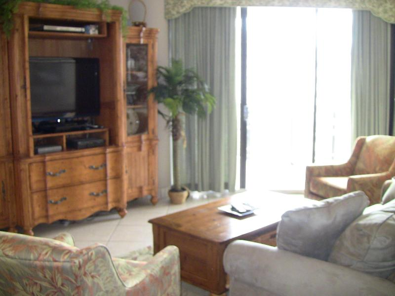 Living room with balcony access  - Surfside Resort - condo 810 - Miramar Beach - rentals