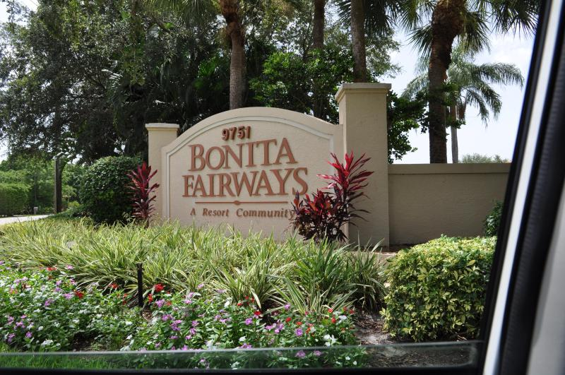 Community Entry - Wonderful 2/2 condo in Bermuda Links - Bonita Springs - rentals