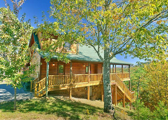 Pigeon Forge Cabin Rental with Views - Smoky Mountain Cabin Mountain Crest 333 - Sevierville - rentals