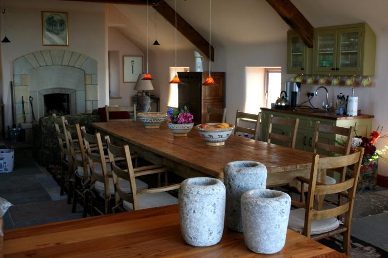 The Stone House in Fanore, Co Clare - Image 1 - County Clare - rentals