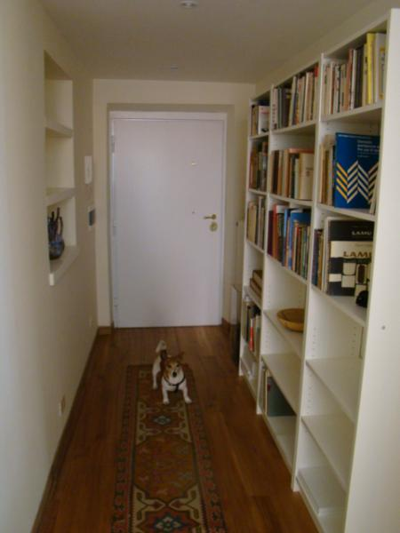 Entrance hallway - A sleek contemporary apartment near Vatican Gates - Rome - rentals