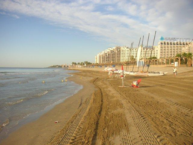 Apartment by the beach with great views - Image 1 - Oropesa Del Mar - rentals