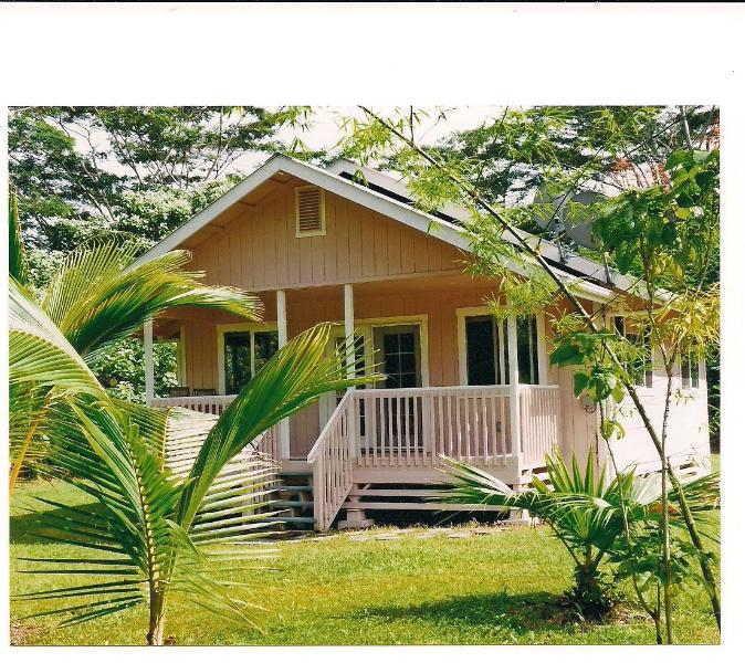 "Private cottage on one acre - Hale ""Margaritaville""--relax and enjoy paradise - Pahoa - rentals"