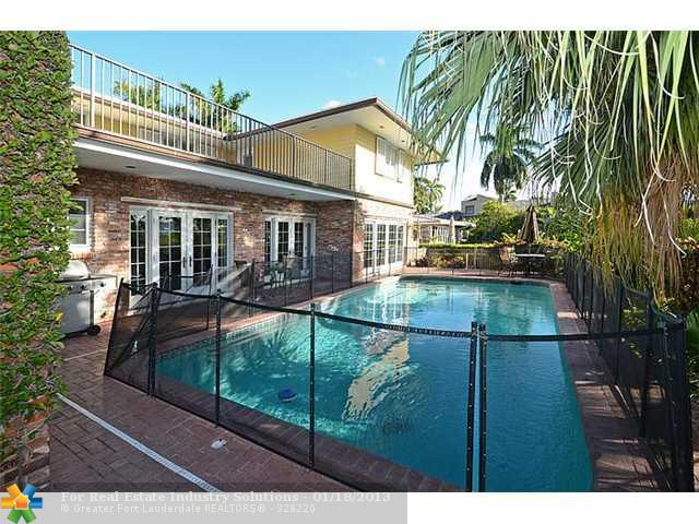 pool view - SUNSET VACATION RENTAL  CALL TODAY AT (phone: hidden) TO RESERVE!!!!! - Fort Lauderdale - rentals
