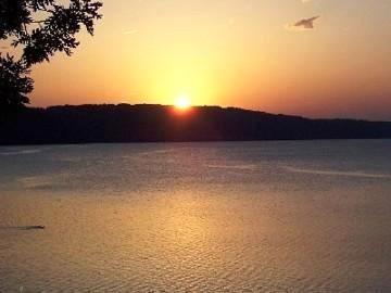 Beautiful Sunset - Fun at the Lake! - Lake Ozark - rentals