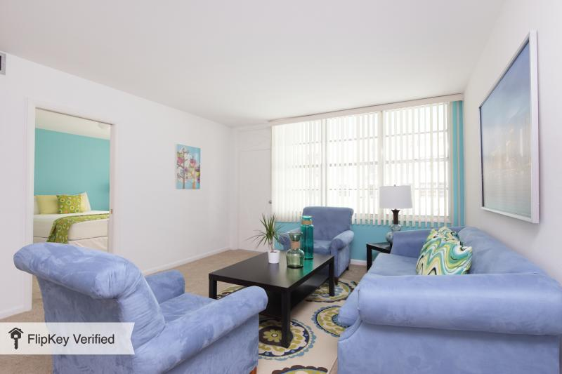 OCEANFRONT 2BR 2BA MIAMI BEACH (JUNIOR) - Image 1 - Miami Beach - rentals