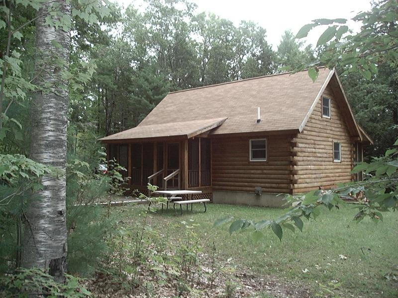 The Little Cabin in the Woods - Secluded Log Cabin on Sheepscot Pond - Palermo - rentals