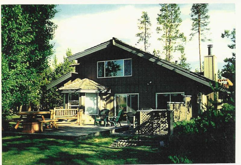 DiamondStone B&B Summer - DiamondStone Guest Lodges / 2 unit B&B - Sunriver - rentals