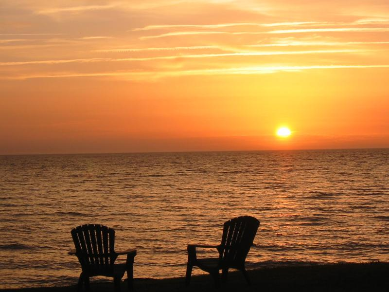 Enjoy the Sunrise - Relax Unwind Chill - Escape to the Bay - Serenity & Million$ View-Chesapeake Bay Waterfront - Reedville - rentals