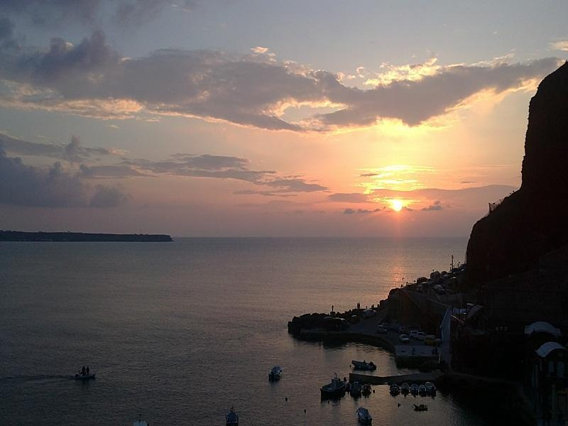 Sunset private villa - Image 1 - Oia - rentals