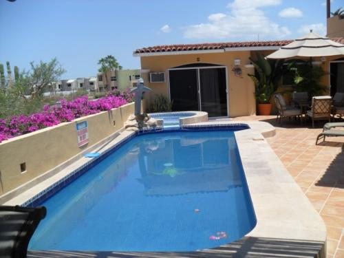 Beautiful Pool with plenty of room to relax - 5 seperate bedrooms, swimming pool great view of Cabo Bay - Catavina - rentals