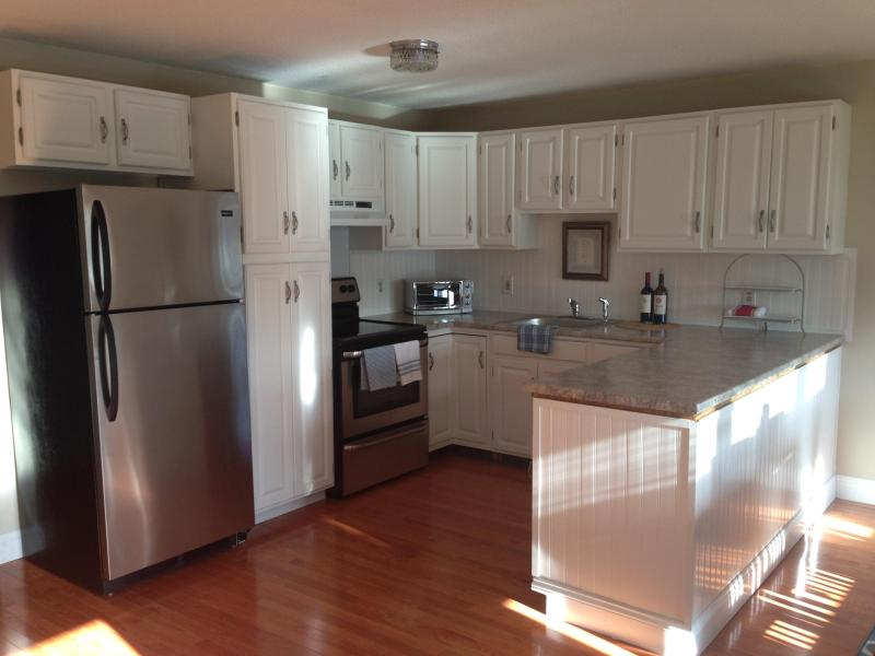 Open kitchen - Fabulous Getaway Close to Beaches & Newport, RI - Middletown - rentals