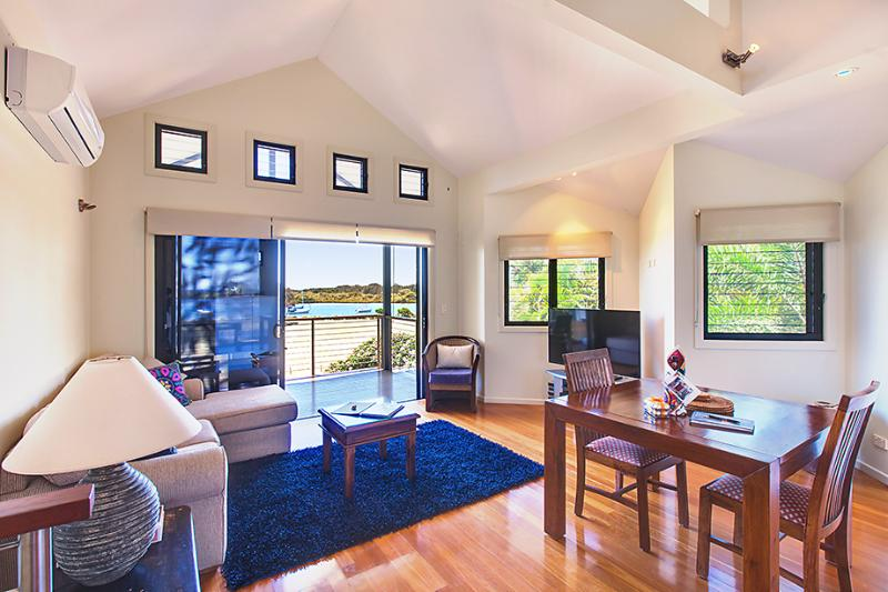 Upstairs Living Area - The Boathouse - Yamba - rentals