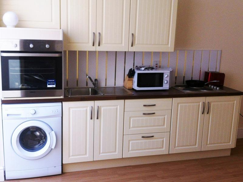 The modern kitchen - A spacious house in the city centre - Dublin - rentals