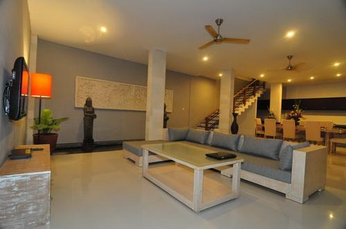 5 Bedrooms Private Pool Villa - Image 1 - Kerobokan - rentals