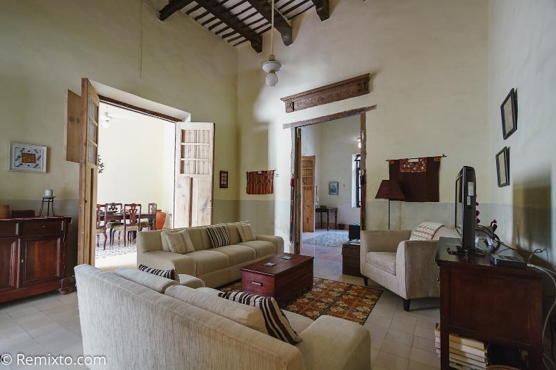Renovated for comfort and serenity, your vacation starts here - Casa Serena - Spring Sale! - Merida - rentals