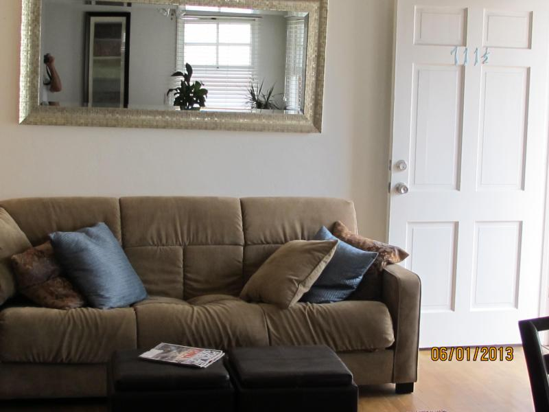 Zen-Like Front Room - One-Bedroom in Heart of the Coronado Village - Coronado - rentals