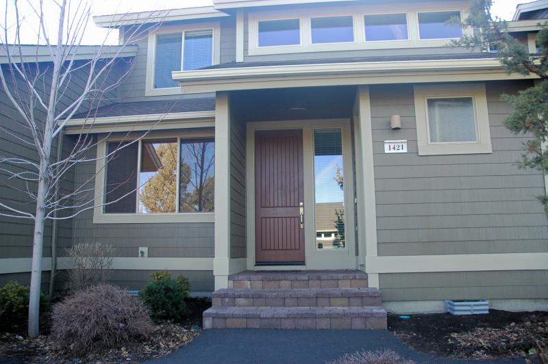 front - Eagle Crest Creekside Townhouse - Redmond - rentals