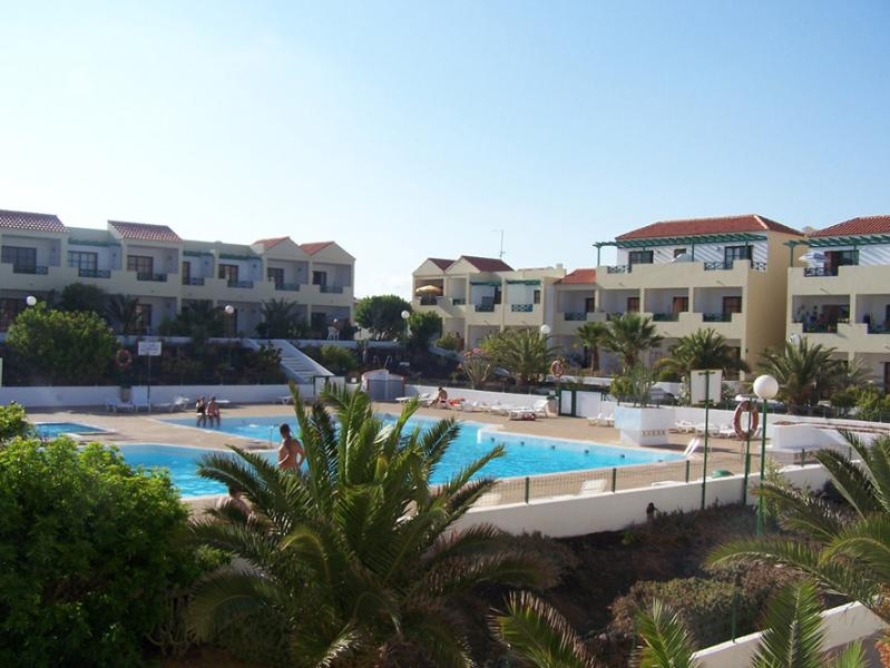 THE COMPLEX - 1 BEDROOM APARTMENT IN QUITE COMPLEX WITH LARGE POOL and HIGH SPEED INTERNET - Costa de Antigua - rentals