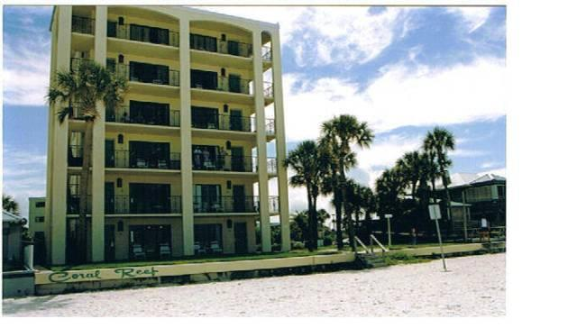 Bldg facing beach and Gulf - Gulf Beach  $1,100 DISCOUNT RATE 3/01 - 3/08/14 - Saint Pete Beach - rentals