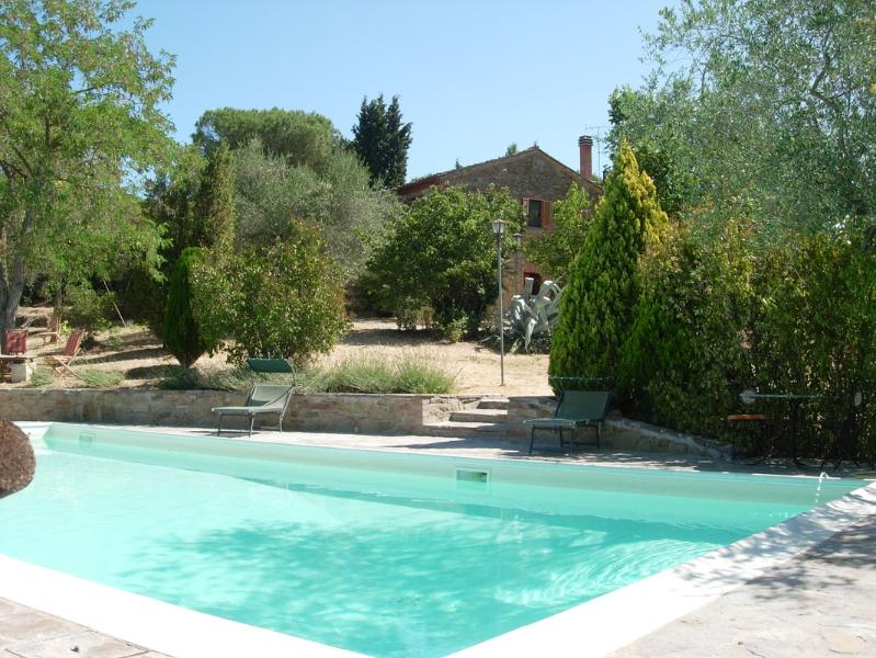 Exquisite Old Umbrian Farmhouse - Great View on Panicale - Image 1 - Panicale - rentals