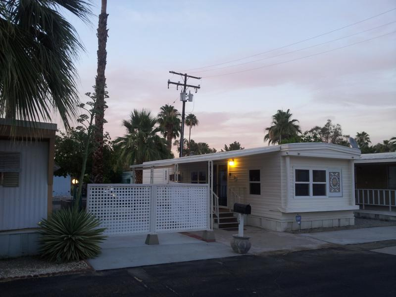 Beautifully Remodelled Palm Springs Mobile Home - Image 1 - Palm Springs - rentals