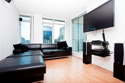 Amazing 1BR in the Heart of Downtown! - ZHUD-1316 - Image 1 - Vancouver - rentals