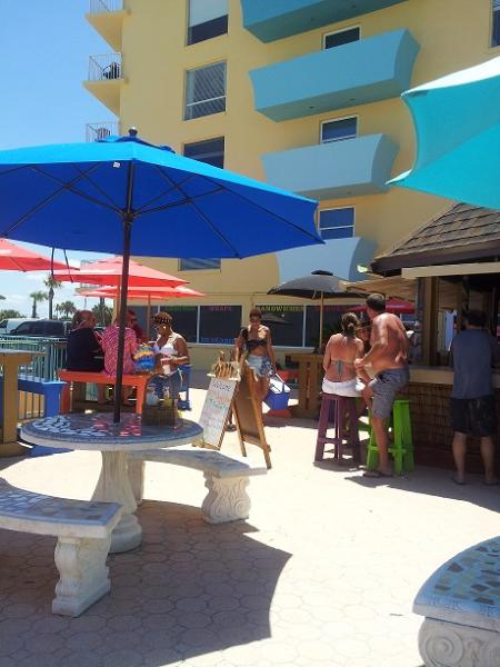 tiki Bar - Daytona Beach Studio Condo Vacation - Daytona Beach - rentals