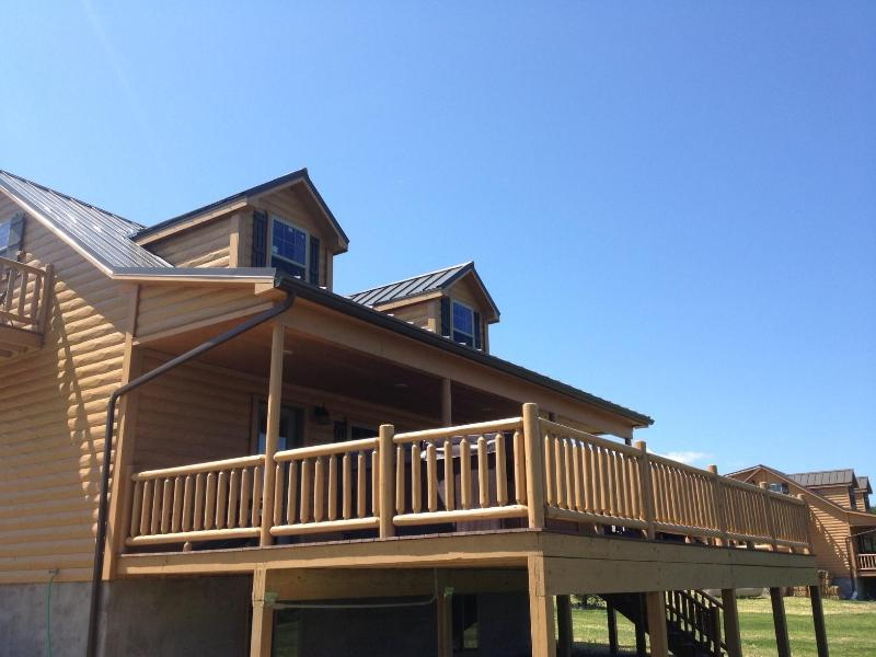 Book Your Vacation in This New 2013 Luxury Cabin! - Image 1 - Himrod - rentals