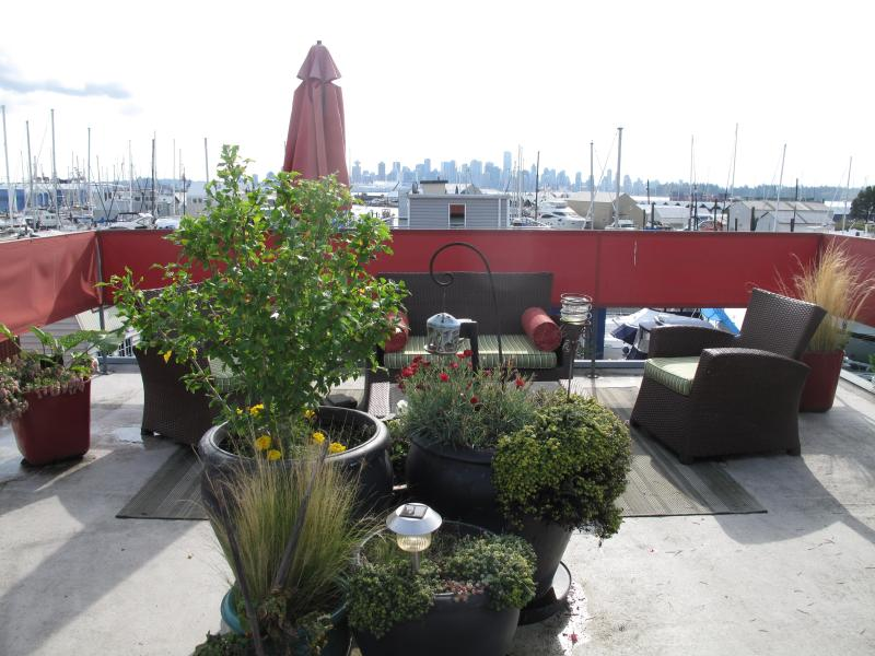 Float Home/Houseboat - Unique Experience - Image 1 - North Vancouver - rentals