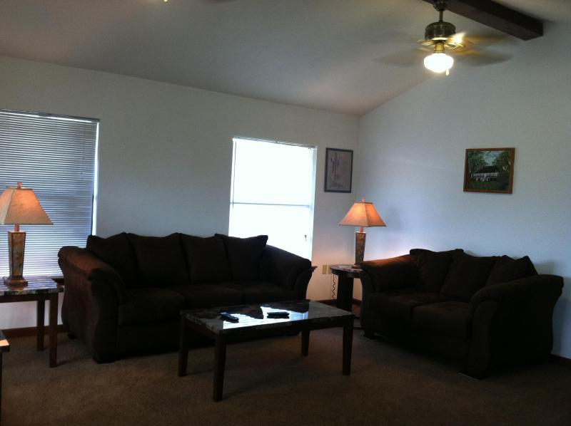 Living Room - A Night on the Bayou - Barataria - rentals